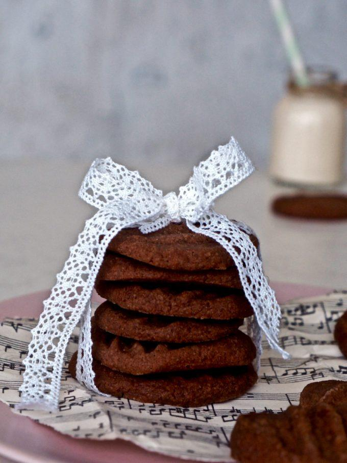 Chocolate shortbread, rapeat suklaakeksit