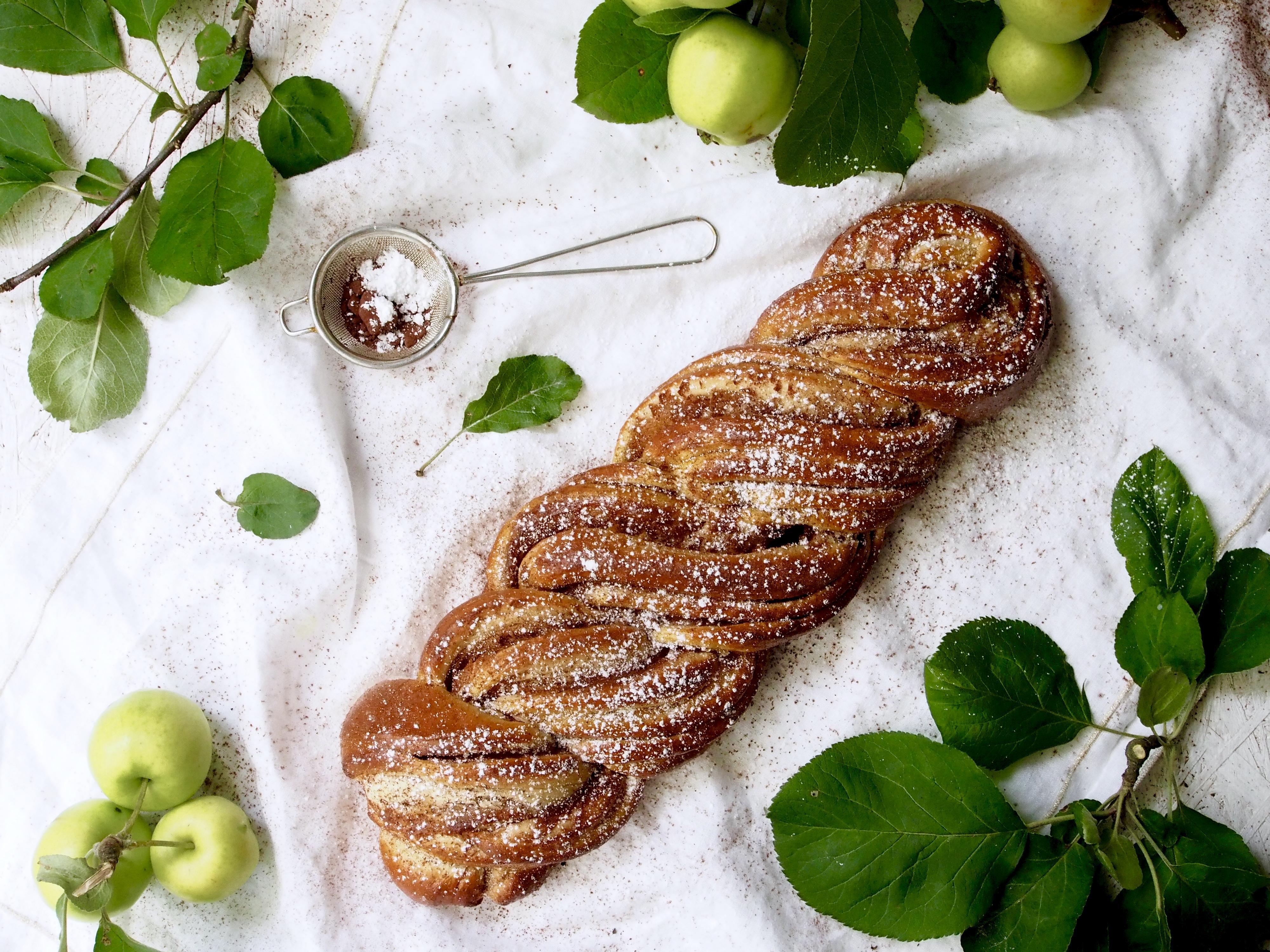 Herkullinen omena kanelipitko — Peggyn pieni punainen keittio